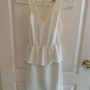 Charlotte Russe off white lace/polyester dress